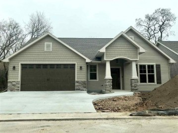 1106 S FORESTBROOK Lane, Grand Chute, WI 54914