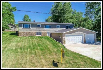 W7168 CENTER VALLEY Road, Ellington, WI 54170-8820