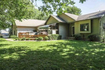 W7597 HIGHVIEW Court, Bovina, WI 54170