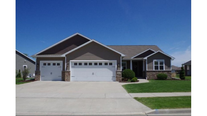 653 RUSCH Drive Combined Locks, WI 54113 by Coldwell Banker The Real Estate Group $444,900