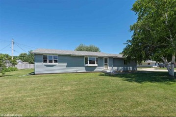 335 THOMAS Court, Neenah, WI 54956-4758