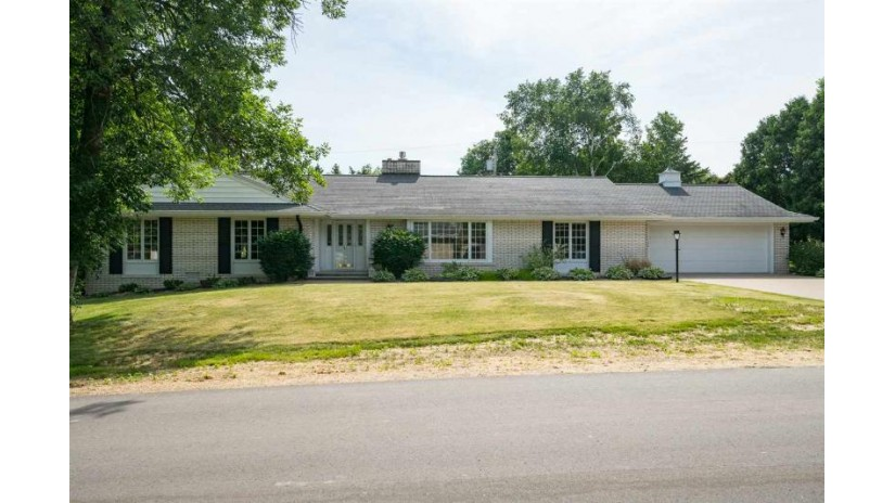 1106 N GREEN GROVE Road Grand Chute, WI 54911-4226 by Century 21 Ace Realty $249,900