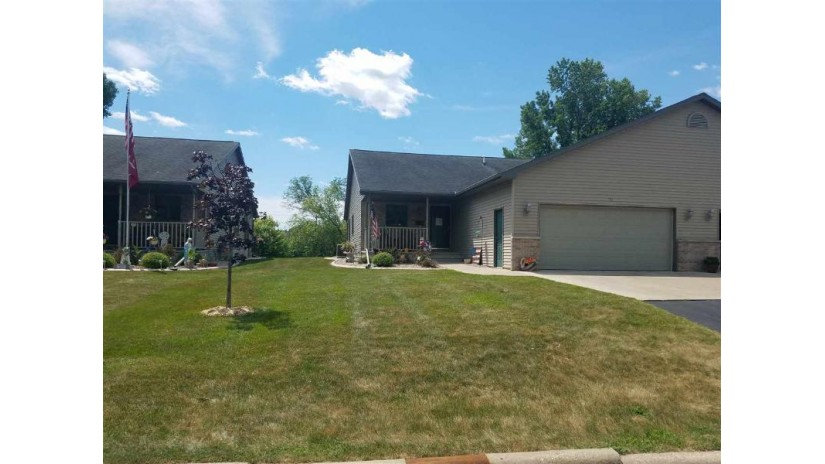 112 E NORTH WATER Street New London, WI 54961-1202 by Coldwell Banker The Real Estate Group $169,900