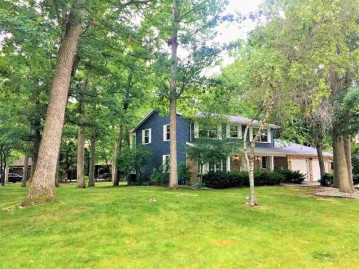 2850 N FOX RUN Circle, Green Bay, WI 54302