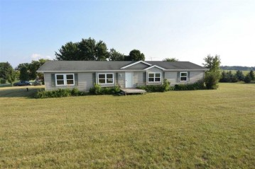 W5815 HWY S, Center, WI 54106-8238