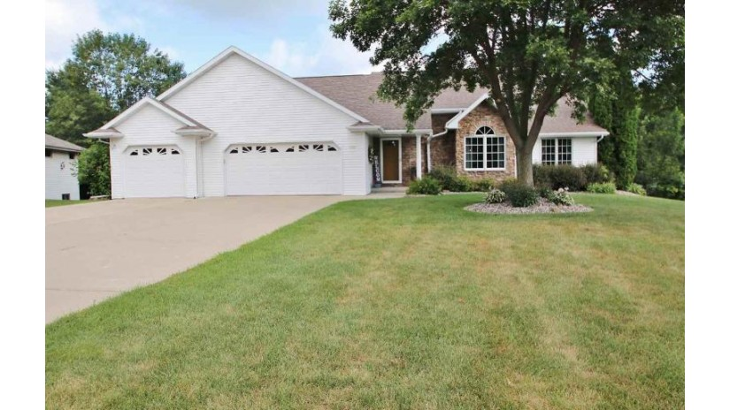 2760 HEARTLAND Terrace Howard, WI 54313-7188 by Resource One Realty, LLC $289,900