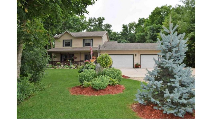 W2348 TIMBER RIDGE Court Auburn, WI 53010-3116 by First Weber, Inc. $235,000