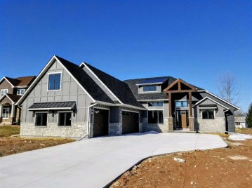 N1471 HERON RIDGE Court, Greenville, WI 54942