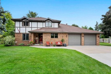 7 CHAPPELL Court, Grand Chute, WI 54914-6887