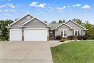 1601 BLUEBIRD Court, Neenah, WI 54956-1991