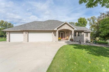 N4120 DUCK CREEK Court, Freedom, WI 54130-7278