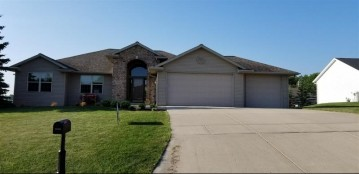 423 HARVEST HILL Drive, Denmark, WI 54208