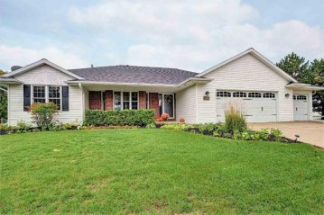 1812 LEDGEVIEW Road, DePere, WI 54115-9201