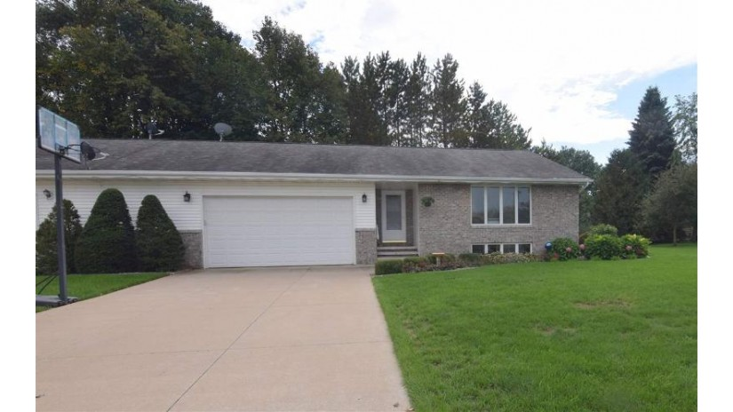 N4208 KILLARNEY Lane Freedom, WI 54130-7169 by O'Connor Realty Group $146,900