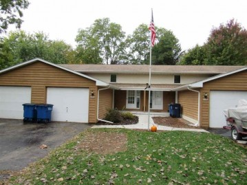 3513 S TIMBER Trail, Suamico, WI 54173-8263