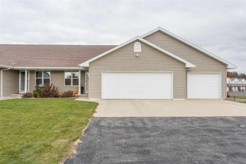 1924 RIVER HILL Court, Suamico, WI 54313-4088