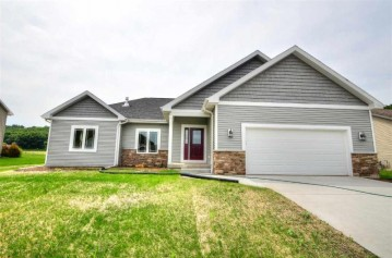 3041 Valley St, Black Earth, WI 53515