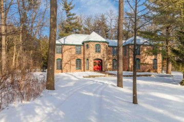 6206 S Highlands Ave, Madison, WI 53705