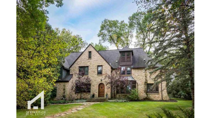 3501 Blackhawk Dr Shorewood Hills, WI 53705 by Sprinkman Real Estate $1,100,000