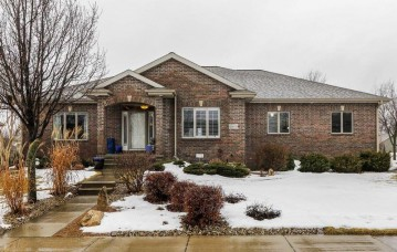 2809 Sunflower Dr, Fitchburg, WI 53711