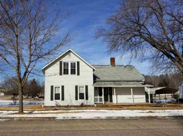 520 W South St, Viroqua, WI 54665
