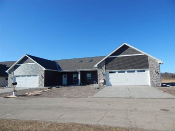 500 River Rd 1, Columbus, WI 53925