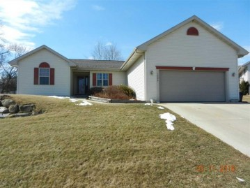 1095 Goehl Rd, Waterloo, WI 53594-2314