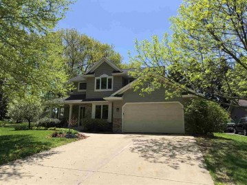 590 Connor Ct, Lake Mills, WI 53551-1665