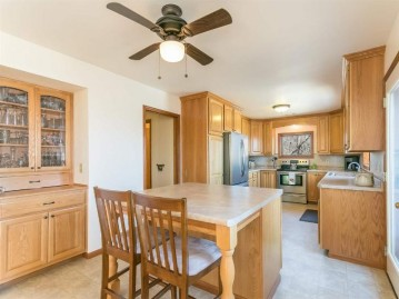 N9528 Argue Rd, Exeter, WI 53574