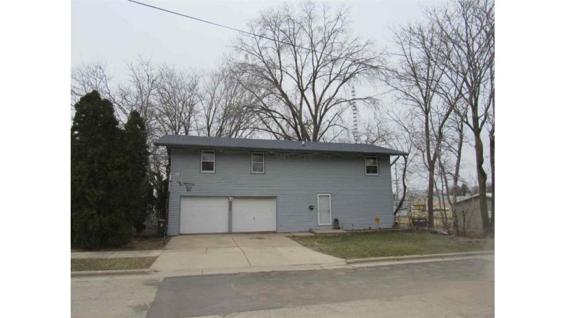 1437 11th Ave Monroe, WI 53566 by First Weber Hedeman Group $139,900