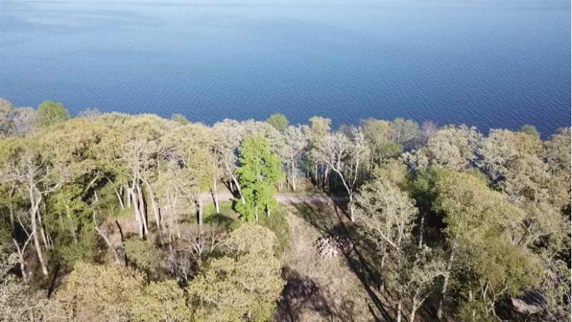 L1 Shore Dr Brooklyn, WI 54941 by Special Properties Of Green Lake Llc $725,000