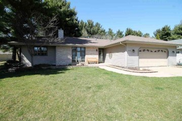 3605 Candlewood Dr, Janesville, WI 53546