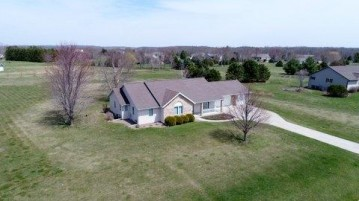 W3205 Schaefer Rd, Exeter, WI 53508