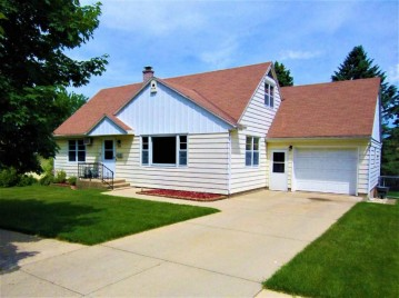 2401 5th St, Monroe, WI 53566