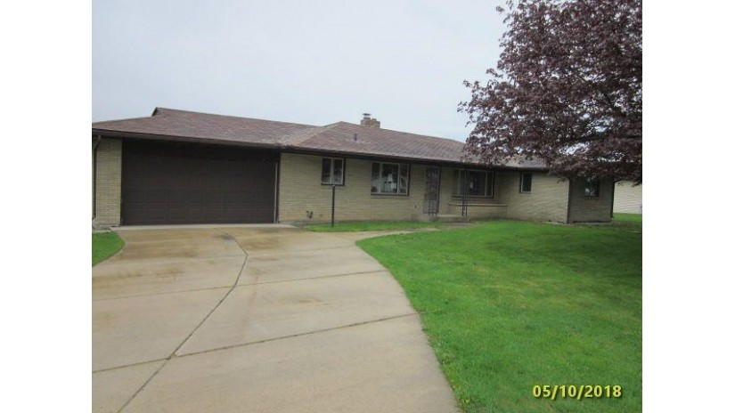 1204 31st Ave Monroe, WI 53566 by Century 21 Affiliated $139,900