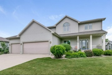 700 Avalon Rd, Columbus, WI 53925