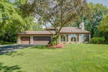 2166 Southern Ct, Cottage Grove, WI 53527-9663