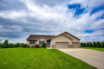N8839 County Road X, Exeter, WI 53508