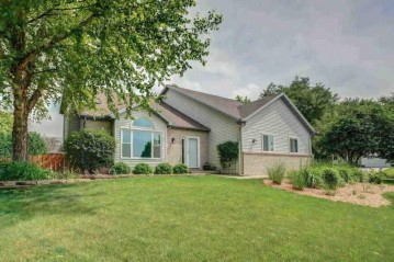 2938 Maple View Dr, Madison, WI 53719