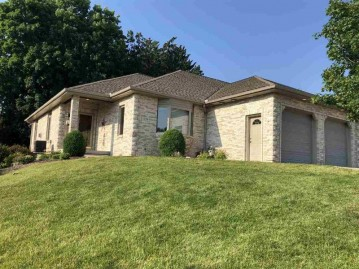 1224 W Sherman Ave, Fort Atkinson, WI 53538