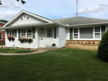 2130 18th Ave, Monroe, WI 53566
