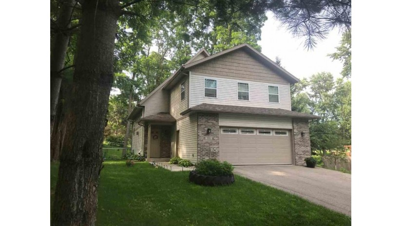 901 Connie Rd West Baraboo, WI 53913 by First Weber Inc $279,900