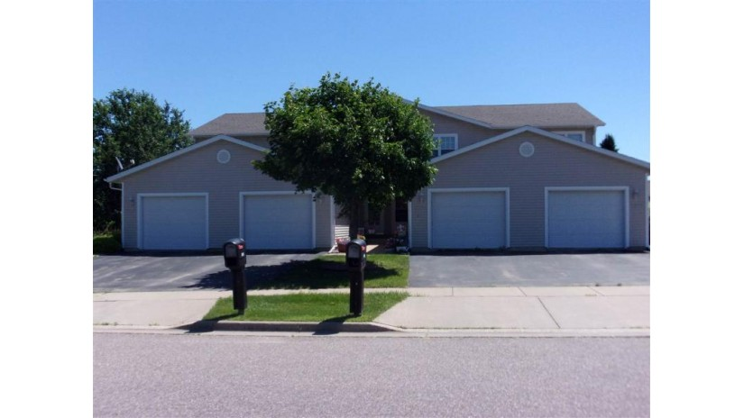 1304 Silver Dr Baraboo, WI 53913 by First Weber Inc $129,900