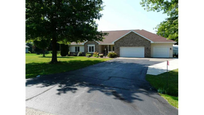 3710 E Rovi Dr Harmony, WI 53563 by First Weber Inc $349,900