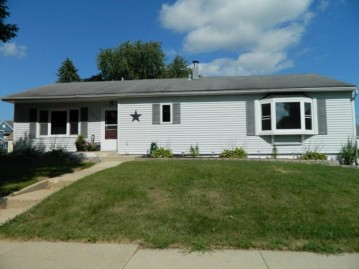 2010 14th Ave, Monroe, WI 53566