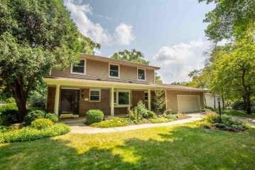 113 Shiloh Dr, Madison, WI 53705