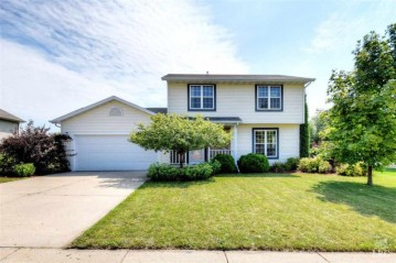 424 Park View Rd, Deerfield, WI 53531