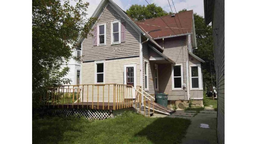 115 Mary St Beaver Dam, WI 53916 by Absolute Home $49,900