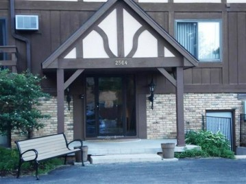 2564 Branch St 15, Middleton, WI 53562