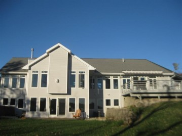 W4171 Wirth Ln, Exeter, WI 53570